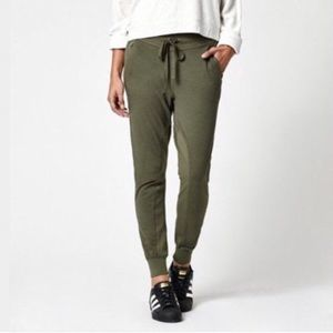Kendall & Kylie joggers